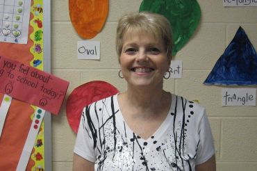 Paraprofessional Gina Williams to Retire at the End of the School Year