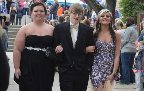 Photo Slideshow: 2014 TAHS Senior Prom