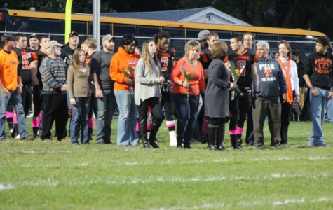 Photo Flash: 2014 Senior Night