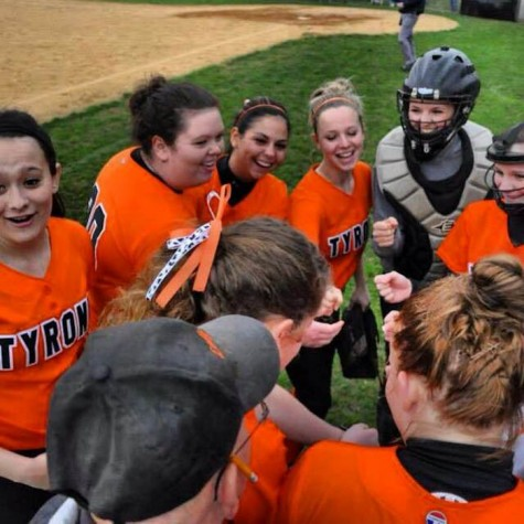 Girls varsity softball enters new era under head coach Peter Baran