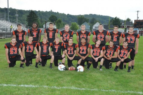 2014 senior football players look back, share future plans