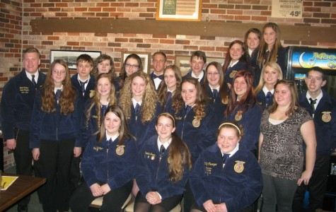 Members meet state officer Grant Carlton during FFA week