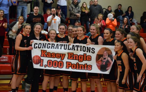 Engle breaks 1,000 as Lady Eagles improve to 9-0
