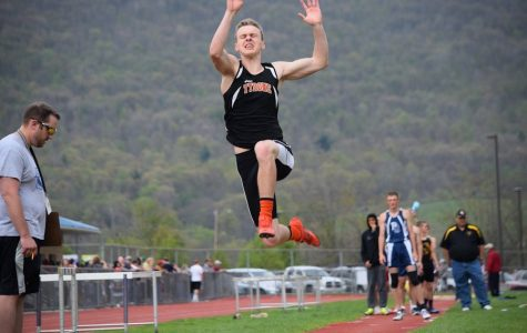 Boys Track Team Performs Well at West Central Coaches Invite