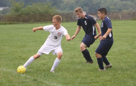 Boys Soccer Lose 7-3 to Hollidayburg; Win 2-0 over P-O