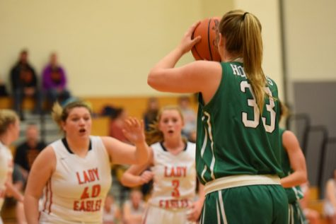 Photo Flash: Tyrone Lady Eagles 60, Bellefonte 35