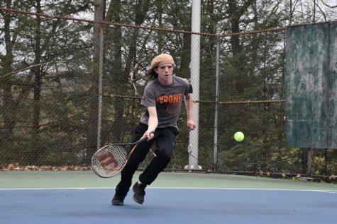 Boys Tennis Falls 5-2 to Huntingdon