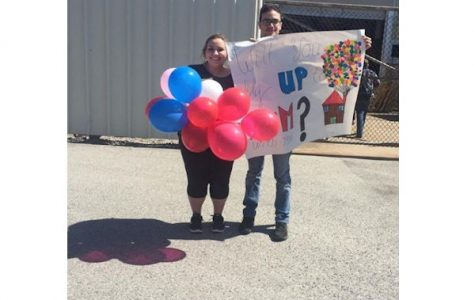 Eagle Eye Promposal Contest: Up, Up, And Away to Prom