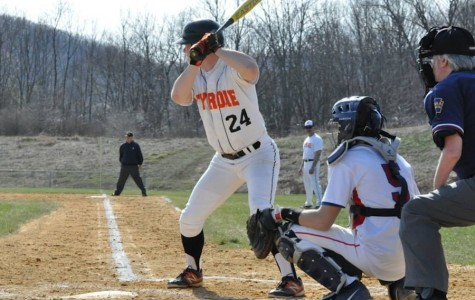Golden Eagles show off in the 6th inning vs. PV