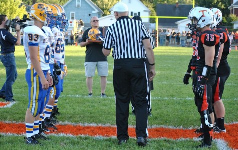 "Tyrone defeats Bellwood 18-14 in ""Back Yard Brawl"" nail-biter"