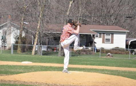 Tyrone falls flat late in the game at Clearfield, lose 3-2