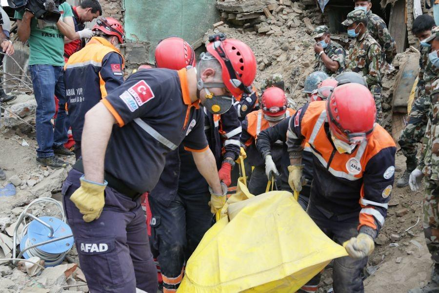 What to do to help earthquake victims in Nepal