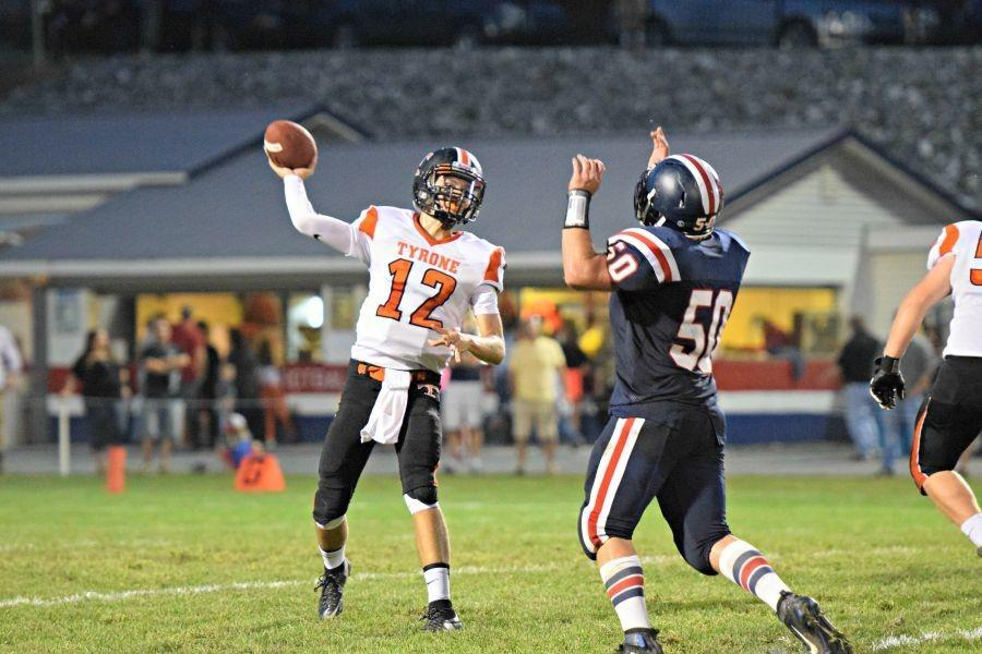 Hunter unleashes one of his 16 completions of the night
