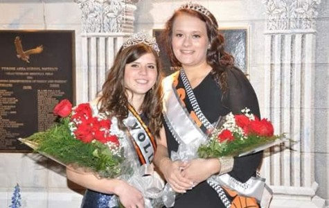 Photo slideshow: Walk named 2015 Homecoming Queen; Christine crowned Princess