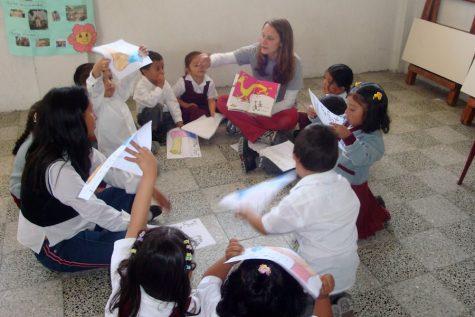 Grugan teaching Guatemalan students in 2008.