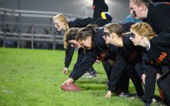 Seniors Dominate Juniors in Annual Powderpuff Game