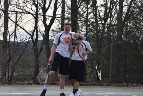 Boys Tennis Falls 5-2 to Huntingdon