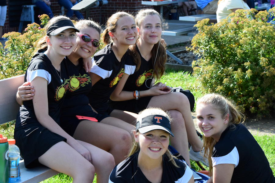 Girls+Tennis+Hopes+for+Mountain+League+Title+with+a+4-3+record