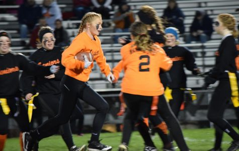 Powderpuff Preview: Juniors and Seniors Clash on October 25