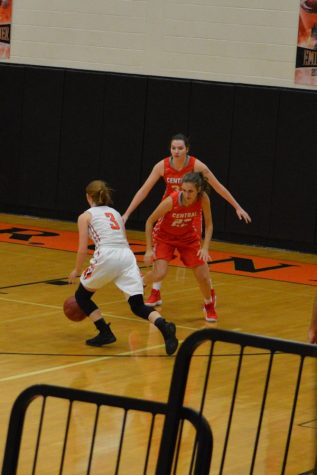 Dragons Get the Best of Lady Eagles