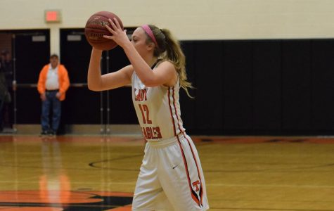 Lady Eagles Defeat Previously Unbeaten Huntingdon