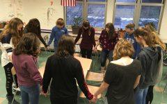 Freshmen Gather for Before-School Prayer Group