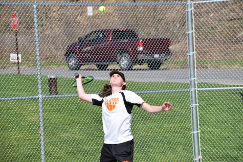 Boys Tennis Smokes Clearfield With Ease