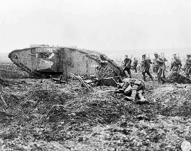 canadian-troops-following-mark-ii-tank-at-the-battle-of-vimy-ridge-1917