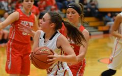 Lady Eagles Use 11 Threes to Top Huntingdon Bearcats