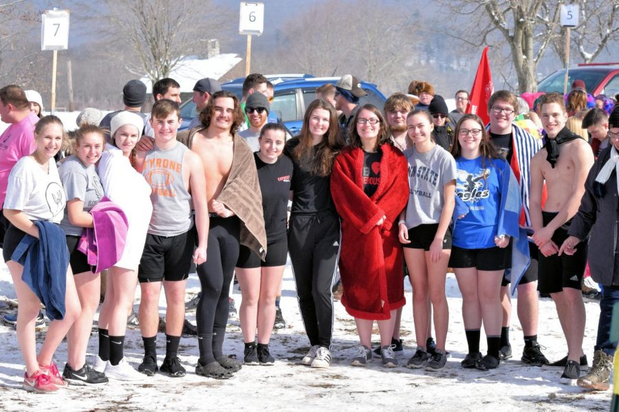 Tyrone+Students+Take+the+Plunge+for+Special+Olympics