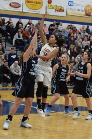 Lady Eagles Lose Mountain League, but Bounce Back Against Central