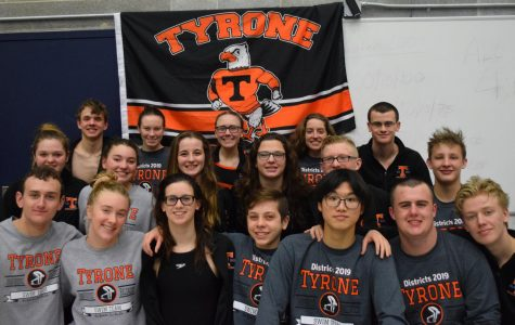All 18 members of the 2019 Tyrone District swim team.