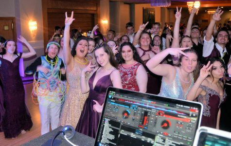 Photo Slideshow: 2019 TAHS Prom