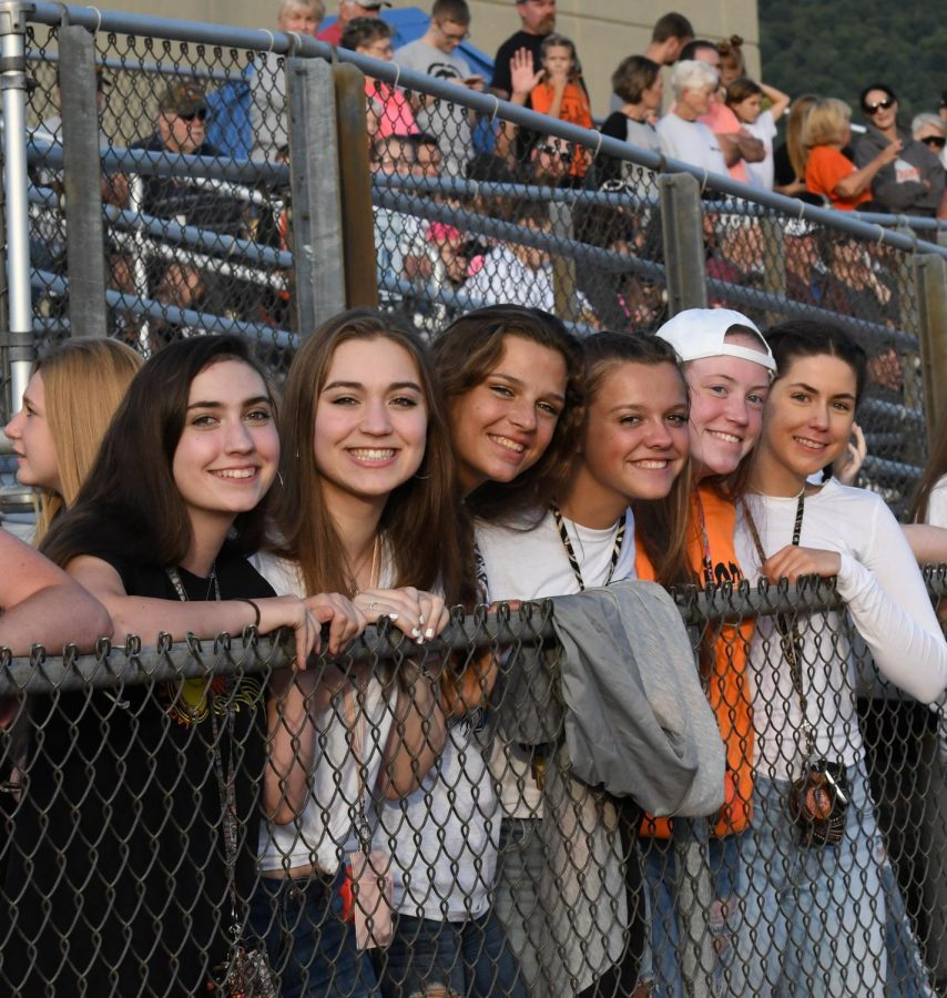 Alicia Endress, Elise Brooks, Cate Baran, Ally Jones, Madison Sollener, and Madison Yothers