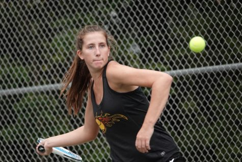 Tennis Wins over Clearfield; Top 5 Singles Sweep in Victory