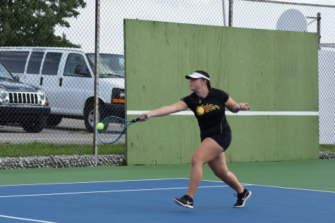 Altoona Defeats Lady Eagles Tennis 7-2