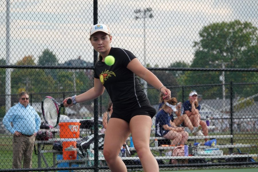 Victoria+Reese+gets+ready+to+hit+a+forehand+%28file+photo%29