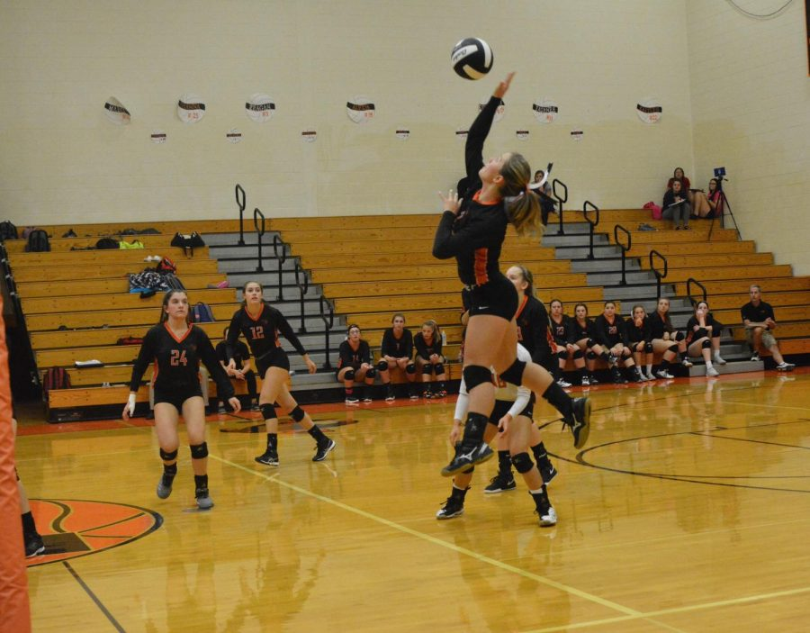 Bri Foy going up for a kill.