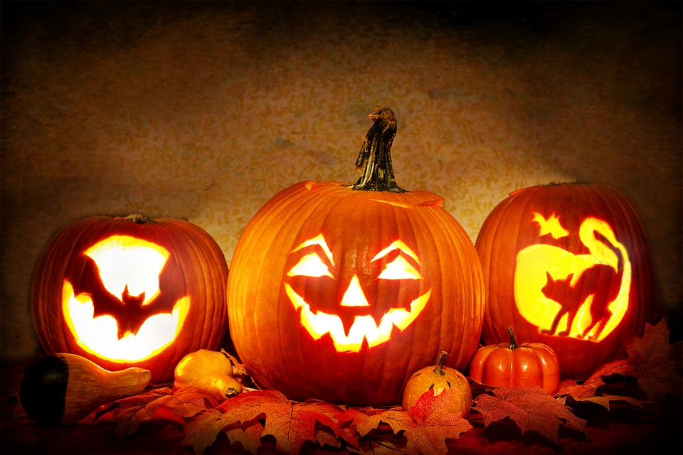 Students in grades 9-12  and staff can enter the 2019 Eagle Eye Pumpkin Carving Contest by October 21st.