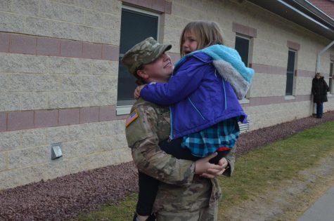 Amber Chamberlin greets little sister Taryn