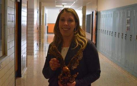 'Be Golden Staff Member of the Week: Mrs.Tracy Redinger