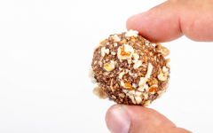 Easy Recipes: No Bake Cookie Balls