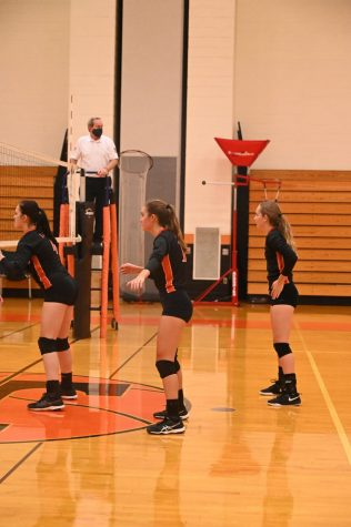 Lady Eagles sweep the Huntingdon Bearcats