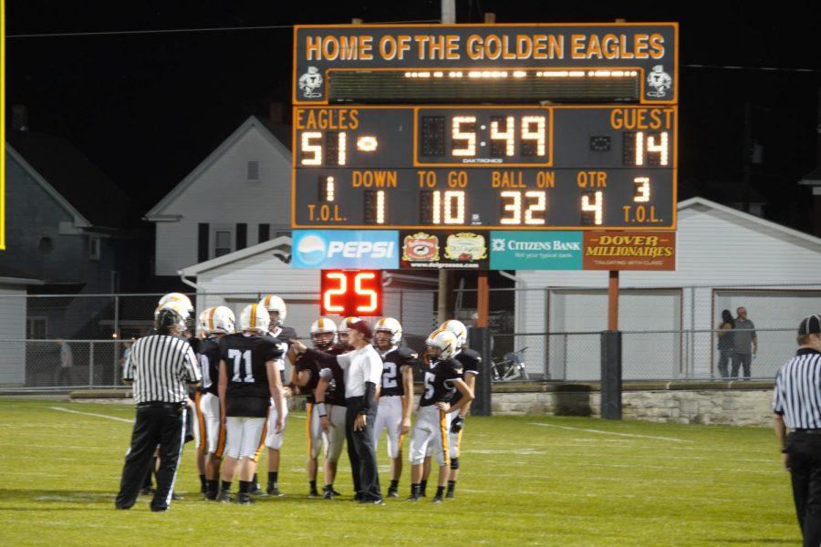 Golden Eagles Bash Bearcats 51-14