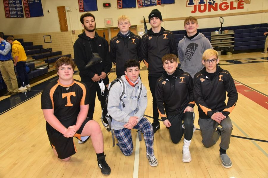 Tyrone qualified eight wrestlers for districts.
