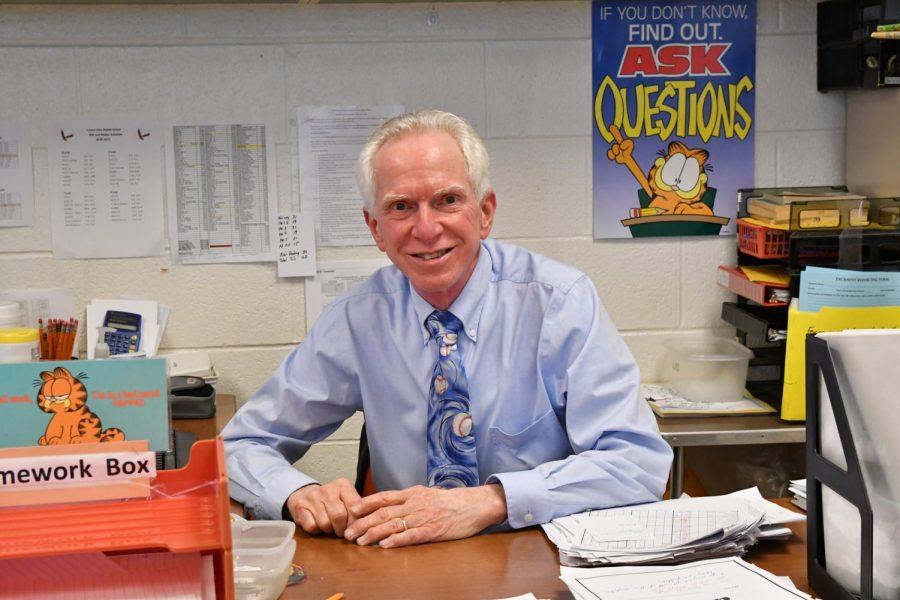 Longtime TAMS Teacher Steve Stoner to Retire in June