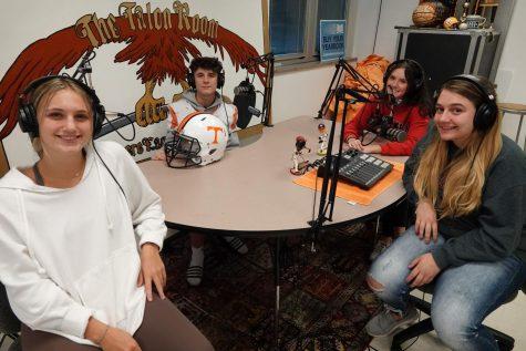 Emma Getz, Logan Rumberger, Sage Rumberger, and Rilee Barndt